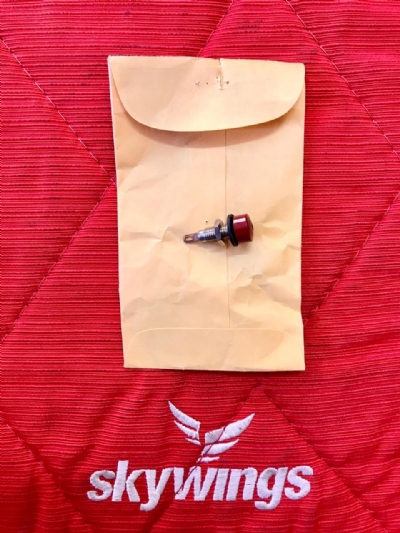BEECHCRAFT - RED TEST JACK CONNECTORS 10A P/N 105-0202-200